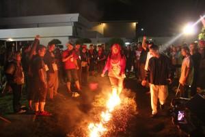 Berjalan di atas bara api
